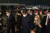 Nicolas Maduro, arriba a México, lo recibe Ebrard