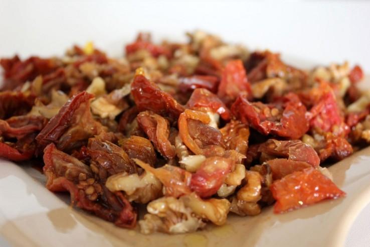 kuru domates salatası tarifi çiftçiden eve
