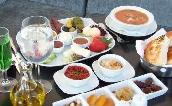 Ramazan'da Nasıl Beslenilir?