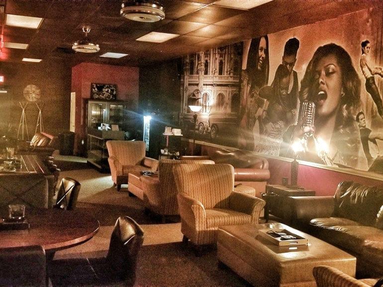 Leef Life Lounge