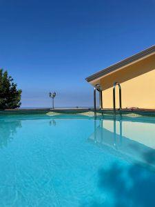 Pool mit Meerblick Ferienhaus Cilento Süditalien