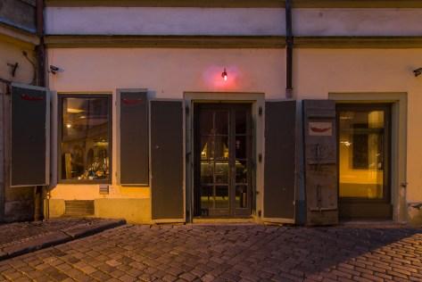 cili-bar-entrance