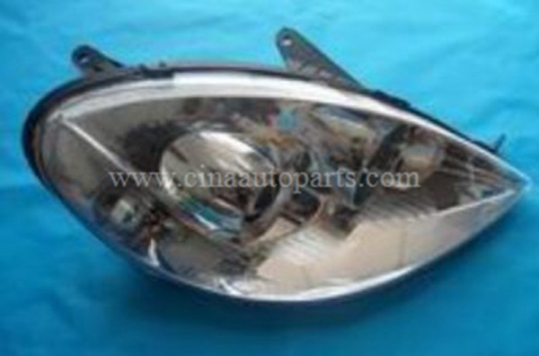 LAX4121200 - lifan 520 Right head lamp LAX4121200