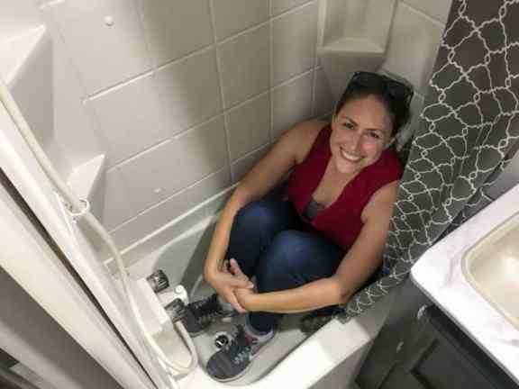 RV Bathtub Fit
