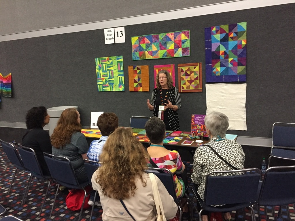 Curved Piecing Demo at Houston - Cindy Grisdela