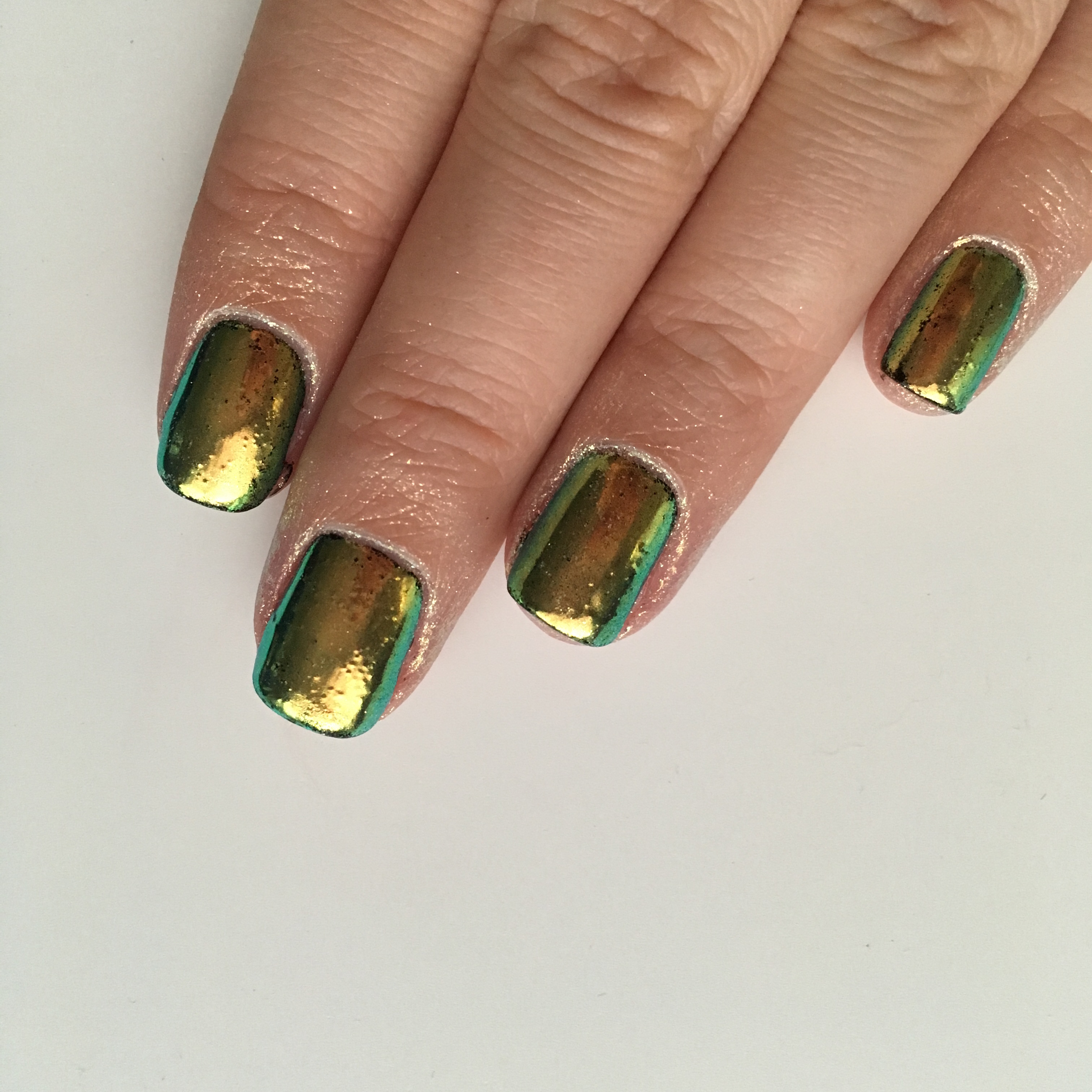 Aurora Supreme Pigment from Whats Up Nails