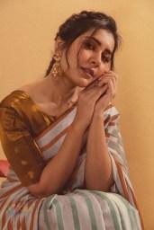 Raashi Khanna_02
