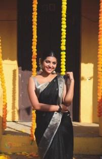 Athulya Ravi (12)
