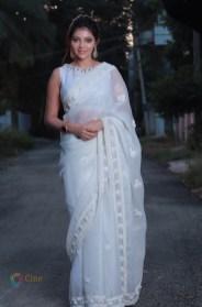Athulya Ravi (43)