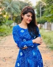 Athulya Ravi (55)