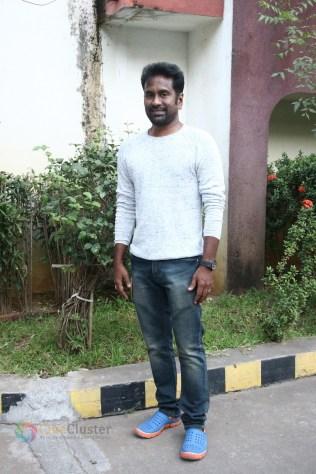 Kannum Kannum Kollaiyadithaal Press Meet Stills (4)
