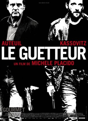 Le commissaire Mattei est sur le point d'arrêter le leader d'un gang de braqueurs, lorsqu'un snipper en couverture sur les toits tire sur les policiers en intervention permettant aux malfaiteurs de s'enfuir.  Mais l'un d'eux est grièvement blessé, ce qui les oblige à modifier leur plan. En planque chez un médecin complice, ils décident de différer le partage du butin. Mais le commissaire n'a pas dit son dernier mot.  Film franco-italien de Michele Placido, sorti en France le 5septembre 2012, avec Daniel Auteuil , Mathieu Kassovitz , Olivier Gourmet et Arly Jover.  LIRE LA CRITIQUE