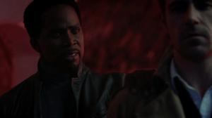 Constantine 1x13-3