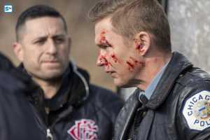 Chicago PD 3x15-1