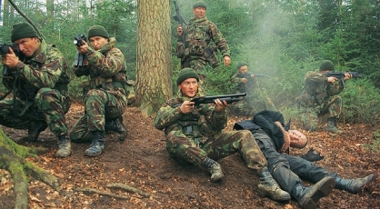 dog-soldiers_3