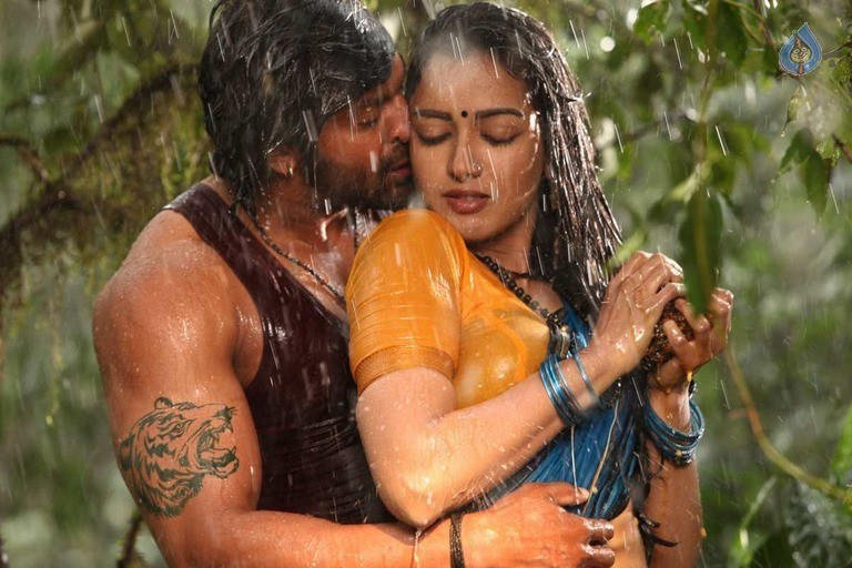 Kadamban Tamil Movie Stills - 29 / 36 photos