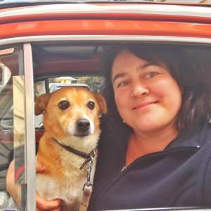 Brunellomania-Monica-Larner-e-il-suo-cane-tappo