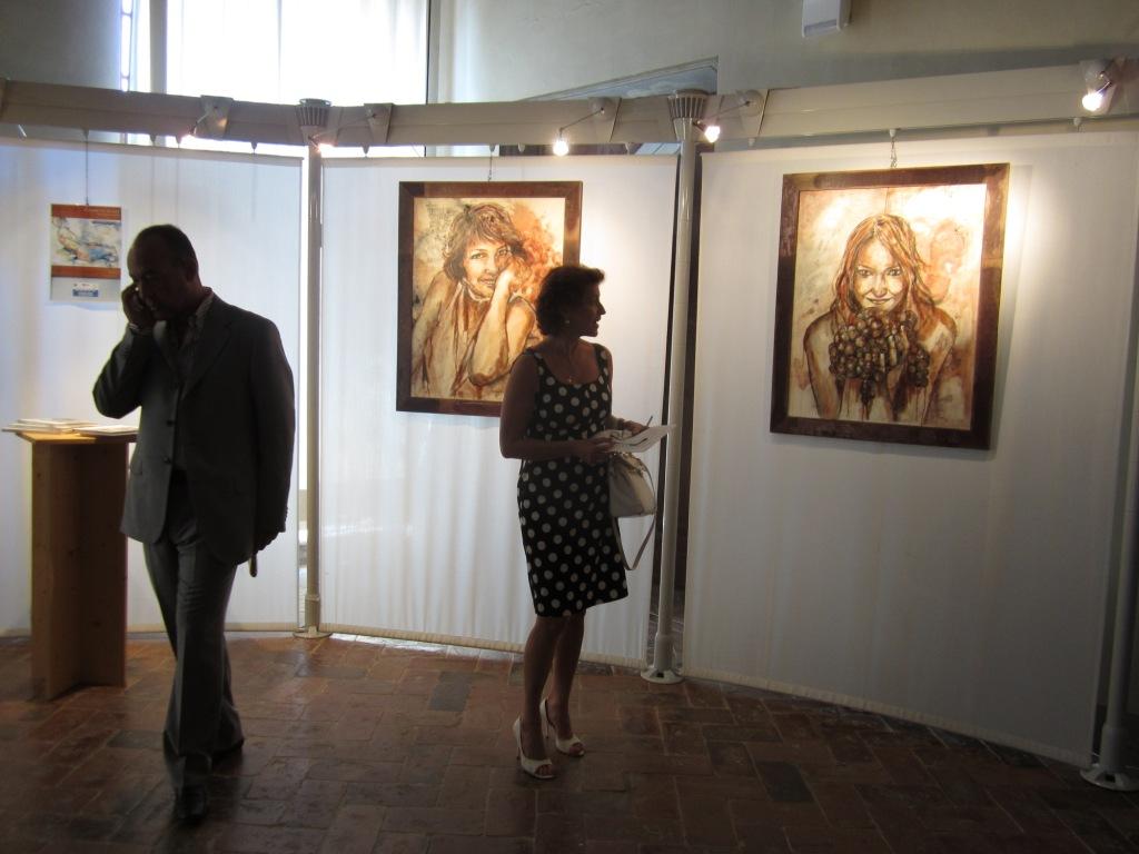 Ritratti di Elisabetta Rogai