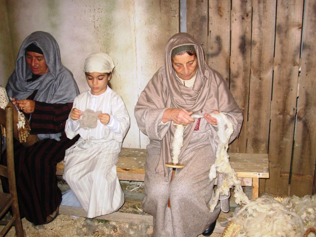 Gozo, presepio vivente le filatrici