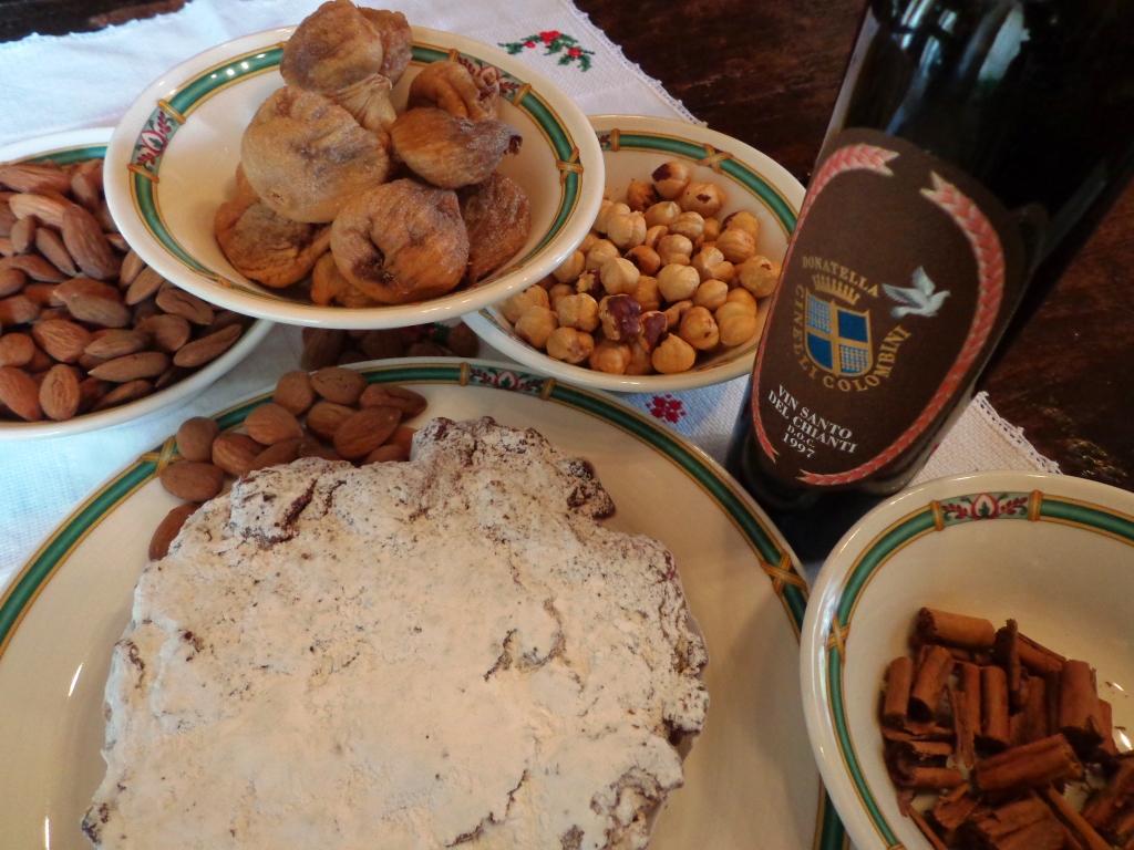 Panforte-Margherita_fatto_in_casa_con_ingredienti