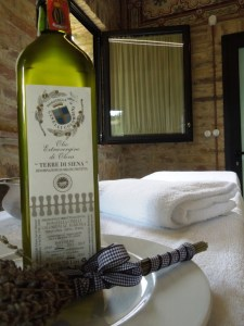 Fattoria-del-Colle-massages-Cabin