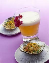 Champagne birra e ribes e aragosta