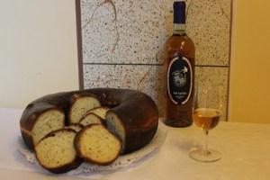 Schiacciata-di-Pasqua-abbinata-al-VinSanto-Fattoria-del-Colle