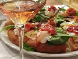 Pizza-e-birra-basta-meglio-il-rosato