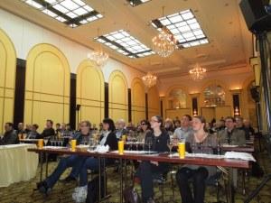 Donne-straniere-interessate-al-vino-italiano-Brunello - seminario di Berlino tenuto da C. Eder- aprile 2012