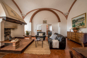 Fattoria-del-Colle-Country-inn-apartment