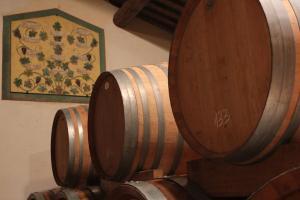 Indagine sui vini cattivi che fanno guadagnare più dei buoni
