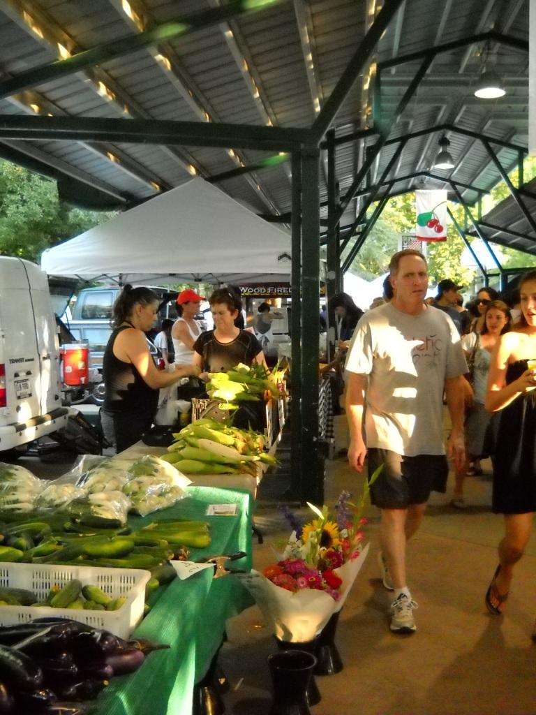 farmer market Davis-California-ritorno-alla-terra