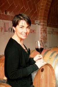 fidelizzare-i-turisti-del-vino-Violante-Gardini in cantina