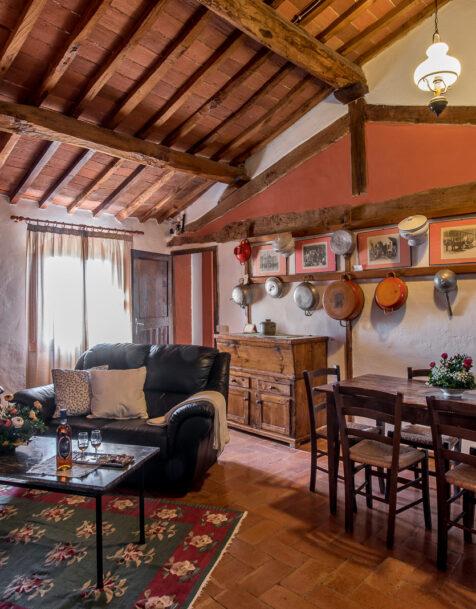 Fattoria del Colle - Farmhouse in Tuscany - Apartment Sant'Angela Alta