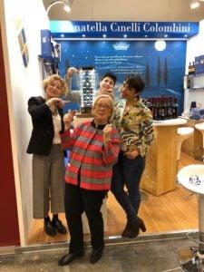 Vinitaly -Donatella Cinelli Colombini con Sabrina Debora e Violante