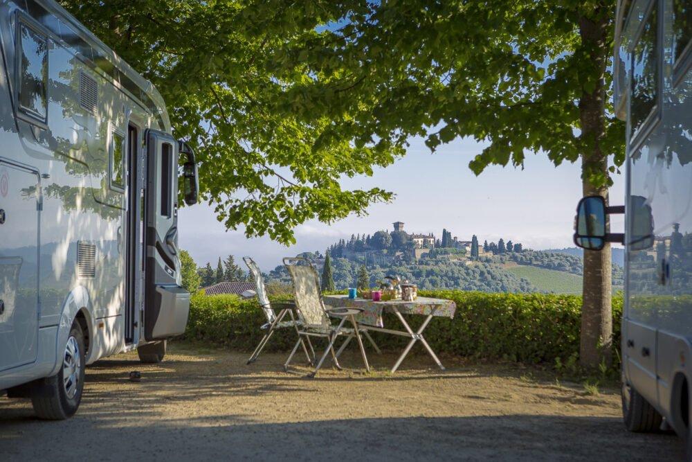divisione-di-ruoli-fra-reale-e-virtuale-nel-vino-vince-la-wine-experience-en-plein-air