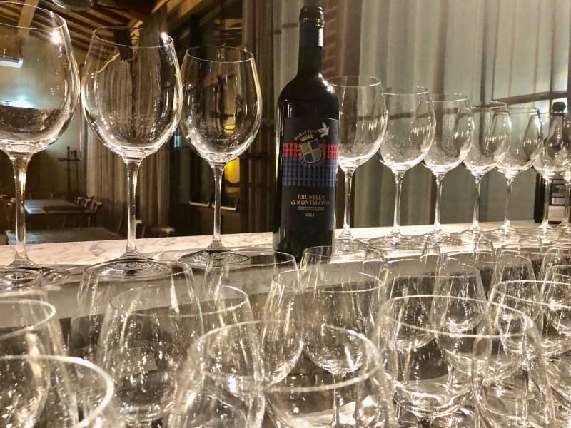 Buon-anno-2021-brindando-con-Brunello