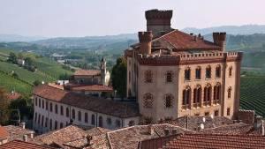 turismo-del-vino-locomotore-della-ripresa-turistica-usando-una-regia-nazionale-e-una-strategia-a-lungo-termine