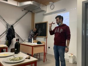 Francesco Scalettaris il vino a fumetti