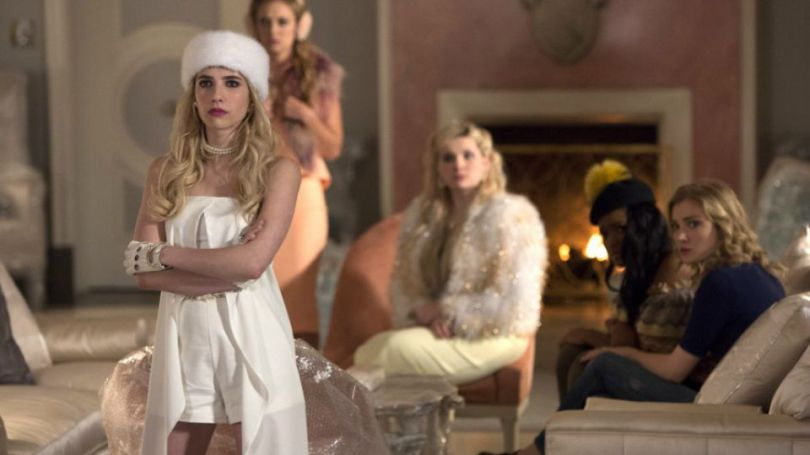 """sCREAM-qUEENS-ghost-stories-838x471 Review: Scream Queens s01e09 - """"Ghost Stories"""""""