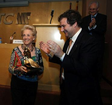 El Alcalde Jordi Hereu y Montserrat Carulla