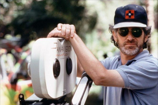 CinemaNet Steven Spielberg origen diablo ruedas