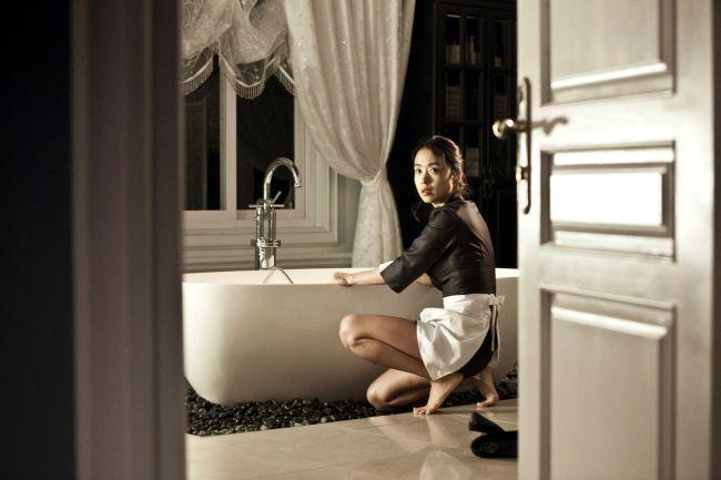 2010_the_housemaid_007