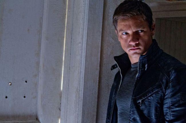 2012_the_bourne_legacy_001