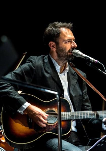Neri Marcorè canta Fabrizio De André Cinema Tavolara 2020