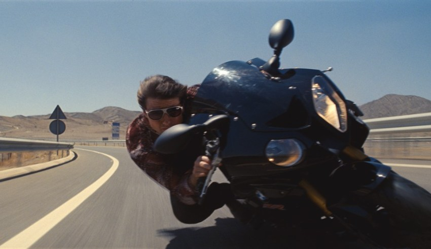 Tom Cruise stars as Ethan Hunt in Paramount Pictures' MISSION: IMPOSSIBLE - ROGUE NATION