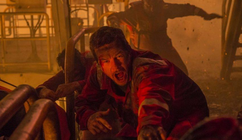 Mark Wahlberg stars in Lionsgate FIlms' DEEPWATER HORIZON
