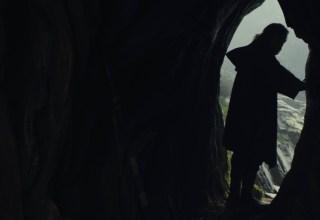 Image of Mark Hamill in STAR WARS: THE LAST JEDI