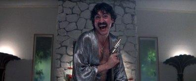 """Alfred Molina como Rahad Jackson, personagem inspirado em Eddie Nash, em """"Boogie Nights"""""""