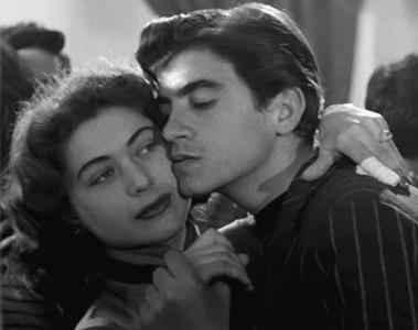"""""""Amores na Cidade"""" (L'amore in città, 1953) - Divulgação"""